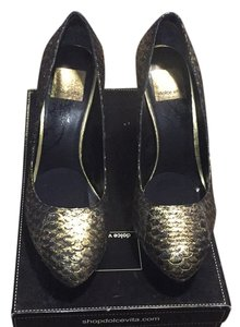 Dolce Vita Black & Gold Pumps
