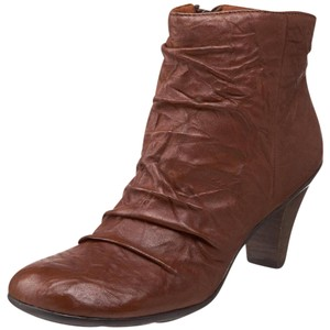Gentle Souls Soft Ankle Round Toe Brown Boots
