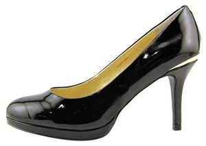Tahari Classic Patent Leather Gold Stiletto Black Pumps