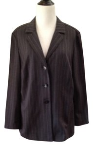 Escada Luxury Superfine Wool Vintage Executive Career Office Meeting Night Out Date Night New Wool Soft gray Pinstripes Blazer