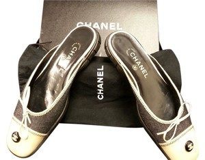 Chanel Black & taupe Mules