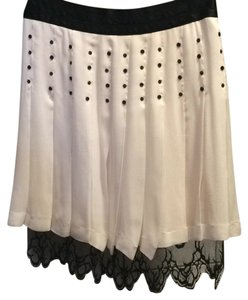 Chanel Skirt Blk, cream