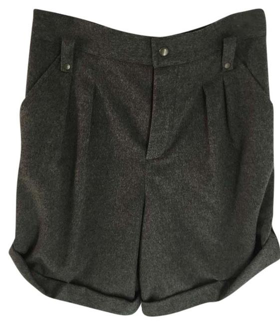 Preload https://img-static.tradesy.com/item/9027196/chloe-grey-dress-shorts-size-8-m-29-30-0-2-650-650.jpg