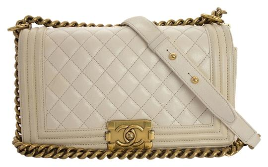 Preload https://item5.tradesy.com/images/chanel-boy-lambskin-quilted-medium-flap-in-white-leather-shoulder-bag-9034369-0-2.jpg?width=440&height=440