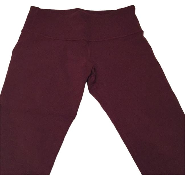 Preload https://img-static.tradesy.com/item/9036313/lululemon-bordeaux-activewear-capriscrops-size-6-s-28-0-1-650-650.jpg