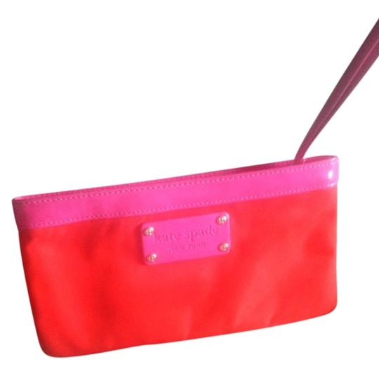Kate Spade Pink Vibrant Bright Classic Wristlet in Tangerine