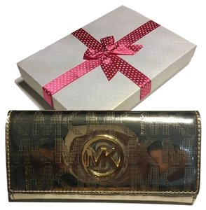 Michael Kors Signature Fulton Continental Wallet Checkbook Pvc Mk Logo Pale Gold Clutch