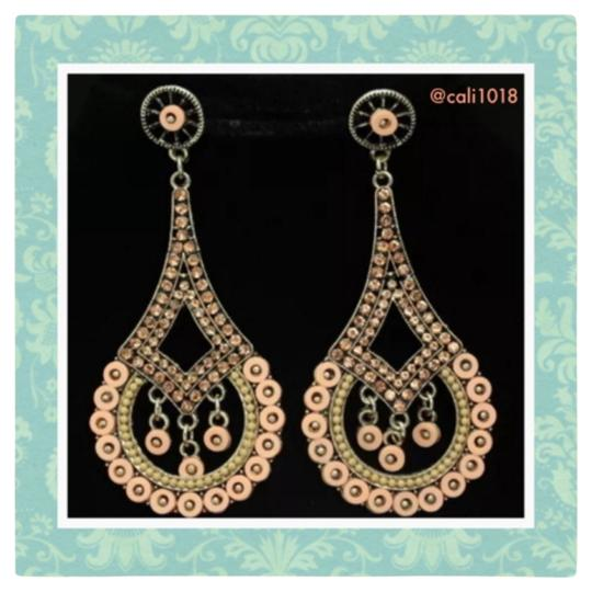 Preload https://img-static.tradesy.com/item/9036733/nudeblush-chandelier-earrings-0-1-540-540.jpg