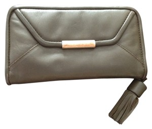 See by Chloe See By Chloe Chantilly Leather Tassel Zip Wallet - Olive Green