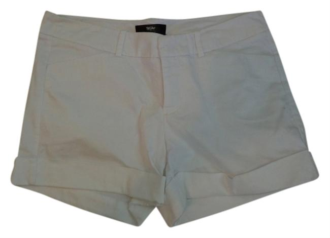 Preload https://item2.tradesy.com/images/mossimo-cuffed-shorts-904666-0-0.jpg?width=400&height=650