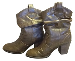 Diba Cowgirl Style Foldover Brown Boots