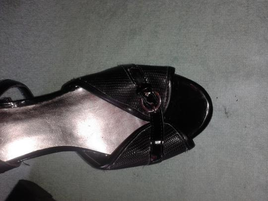 Guess black Wedges
