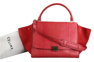 Céline Medium Trapeze Satchel in Fushia