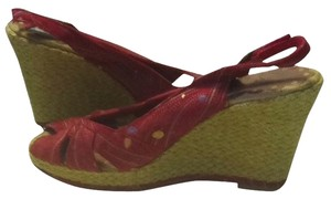 Seychelles Red, Purple, Gold Wedges