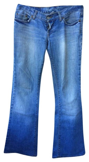 Preload https://item5.tradesy.com/images/lucky-brand-light-wash-boot-cut-jeans-size-27-4-s-9056239-0-1.jpg?width=400&height=650