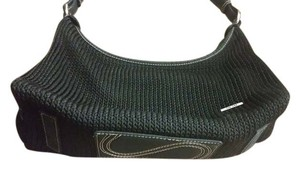 The Sak Crochet Robust Versatility Spacious Interiors Youthful Shoulder Bag