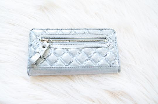 Juicy Couture Juicy Couture Metallic Silver Grey Shimmer Checkbook Style Wallet