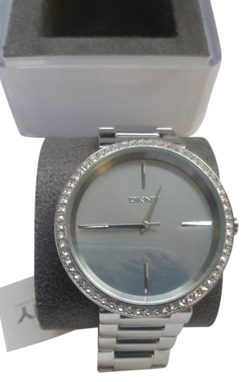 Preload https://img-static.tradesy.com/item/9058828/dkny-silver-watch-0-2-540-540.jpg
