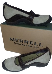 Merrell cream and dark brown Flats
