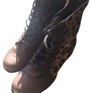 Betseyville by Betsey Johnson Boots