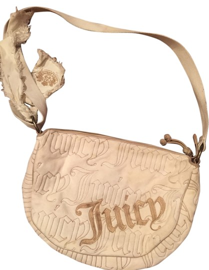 Preload https://img-static.tradesy.com/item/9063187/juicy-couture-cream-velour-shoulder-bag-0-2-540-540.jpg