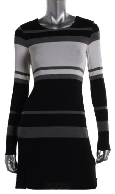 Preload https://img-static.tradesy.com/item/9064489/bailey-44-black-grey-casual-knee-length-workoffice-dress-size-4-s-0-1-650-650.jpg
