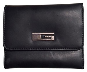 Guess Guess Mini Wallet - perfect for small bags!