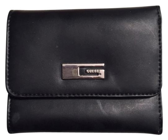 Preload https://item3.tradesy.com/images/guess-black-mini-perfect-for-small-bags-wallet-9065602-0-2.jpg?width=440&height=440