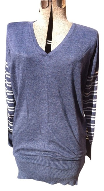 Preload https://img-static.tradesy.com/item/9066160/bcbgeneration-dark-blue-with-silver-stripe-sleeves-sweater-tunic-knee-length-short-casual-dress-size-0-4-650-650.jpg