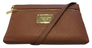 Michael Kors Wristlet in Luggage Brown