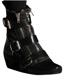 Marc by Marc Jacobs Leather Zipper Buckle Black Boots