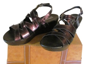 Donald J. Pliner Very Little Wear Size 8.00 M Brown/Metallic Wedges