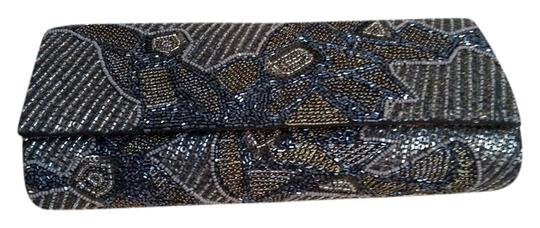 Preload https://img-static.tradesy.com/item/9069019/deepa-gurnani-multicolor-black-and-gold-bronze-metallic-beaded-clutch-0-2-540-540.jpg