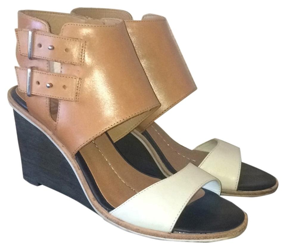 DV with by Dolce Vita Black with DV Brown and White Leather Cambria Wedges 969809
