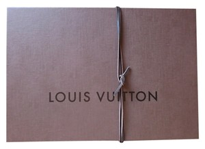 Louis Vuitton NEW!! Hard Gift Box with Leather String