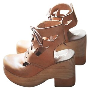 Free People Racquel Platform 38 Color Is Natural New In Box Rare - Hard To Find Super Platform Mules