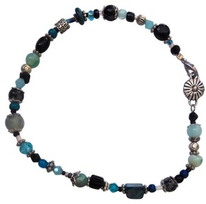 Robyn-Lyn NEW ANKLET HANDMADE BY ROBYN WITH ONYX AGATE GEMSTONES SHELL CRYSTAL 10 INCHES BLACK BLUE SILVER J93