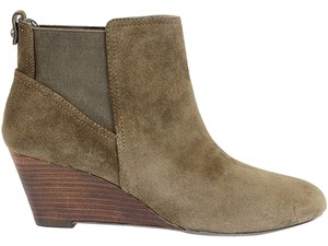 Sole Society Bootie Boot Wedge Ankle Suede Olive Green Boots