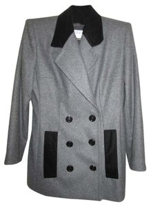 Givenchy NWT Givenchy Paris Couture FR 46 Gray Wool Flannel Suit Chesterfield Jacket Skirt Suit