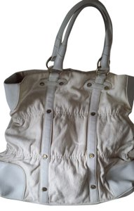 Via Spiga Tota Leather Tote in White & Creamy