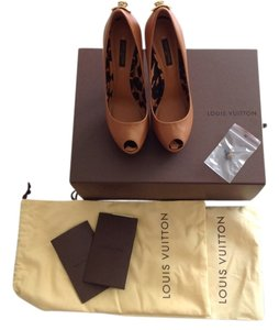 Louis Vuitton 36.5 High Heel Pump Brown Platforms