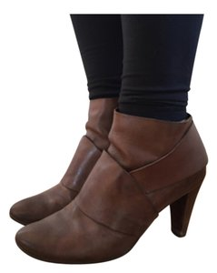 Coclico Brown Boots