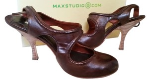 Max Studio Heels Brown Pumps