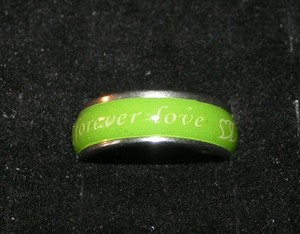Unisex Green Forever Love Band Ring Free Shipping