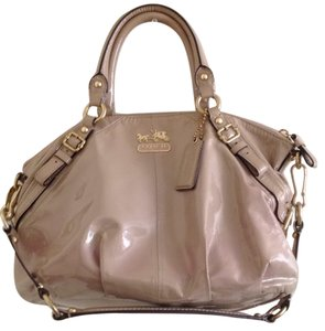 Coach Satchel in Fawn