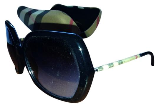 Burberry BE4122