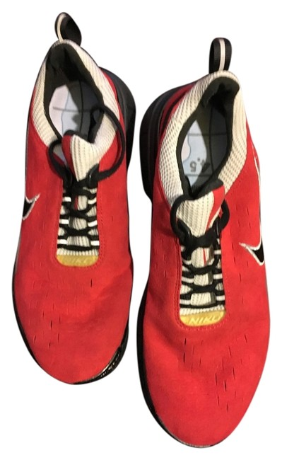 Item - Red Black Sneakers Size US 8 Regular (M, B)