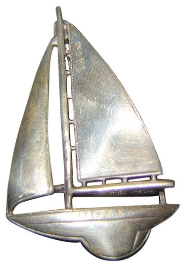 Preload https://item4.tradesy.com/images/silver-sterling-sailboat-pin-boat-name-audax-9094888-0-1.jpg?width=440&height=440