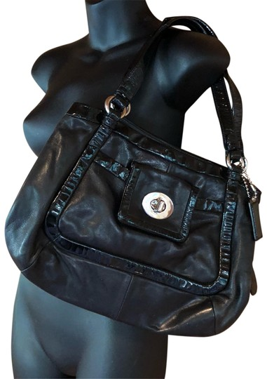 Preload https://item3.tradesy.com/images/coach-chicket-black-leather-tote-9095197-0-5.jpg?width=440&height=440