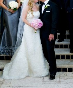 Birnbaum and Bullock Ivory Alencon Lace Transitions Into Shredded Organza Ruffle Custom Couture Traditional Wedding Dress Size 6 (S)